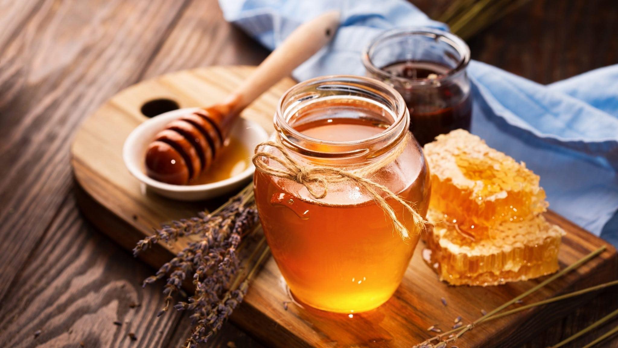 Mật ong giúp cải thiện cân nặng