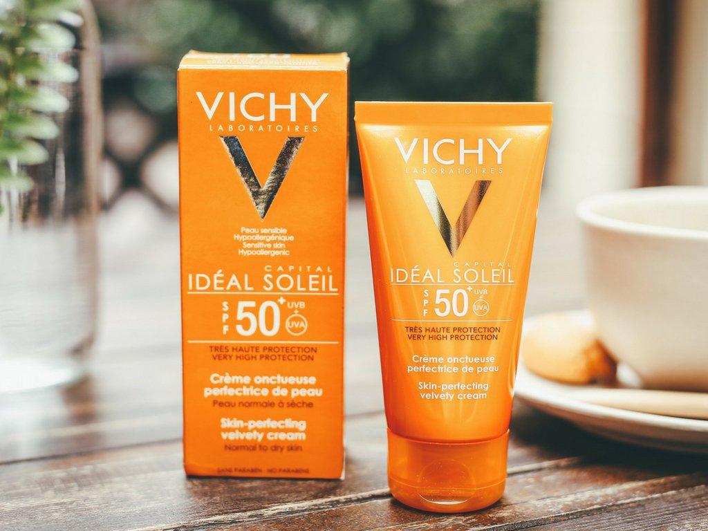 Kme chống nắng Vichy