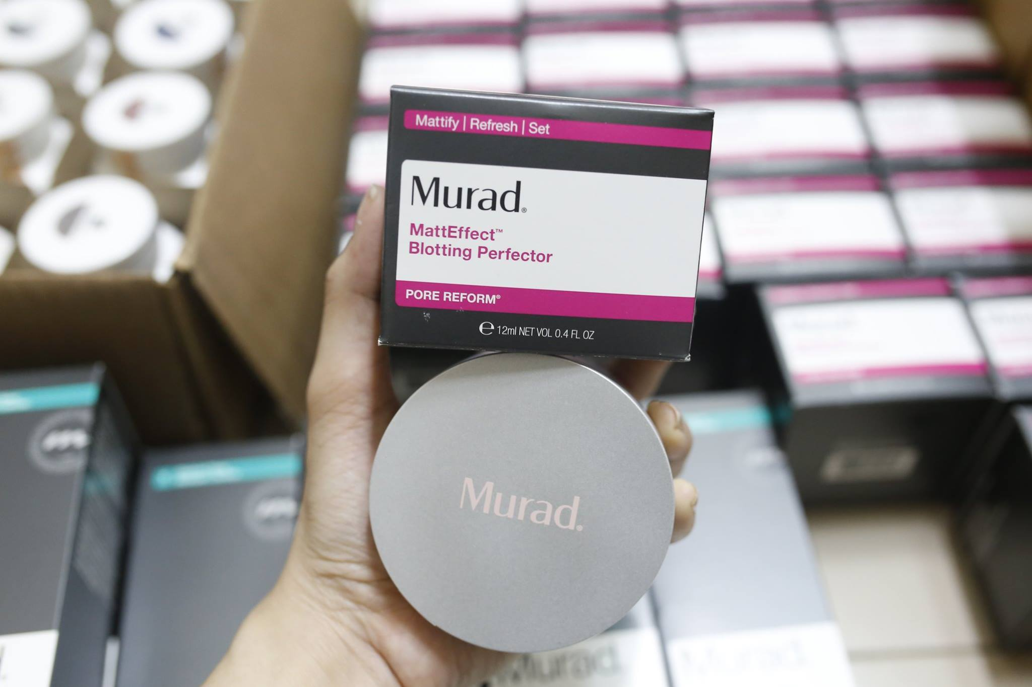 Phấn nước Murad Matteeffect