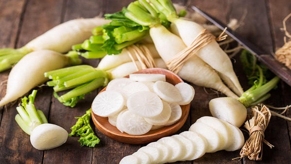 Củ cải đường và củ cải trắng khác nhau