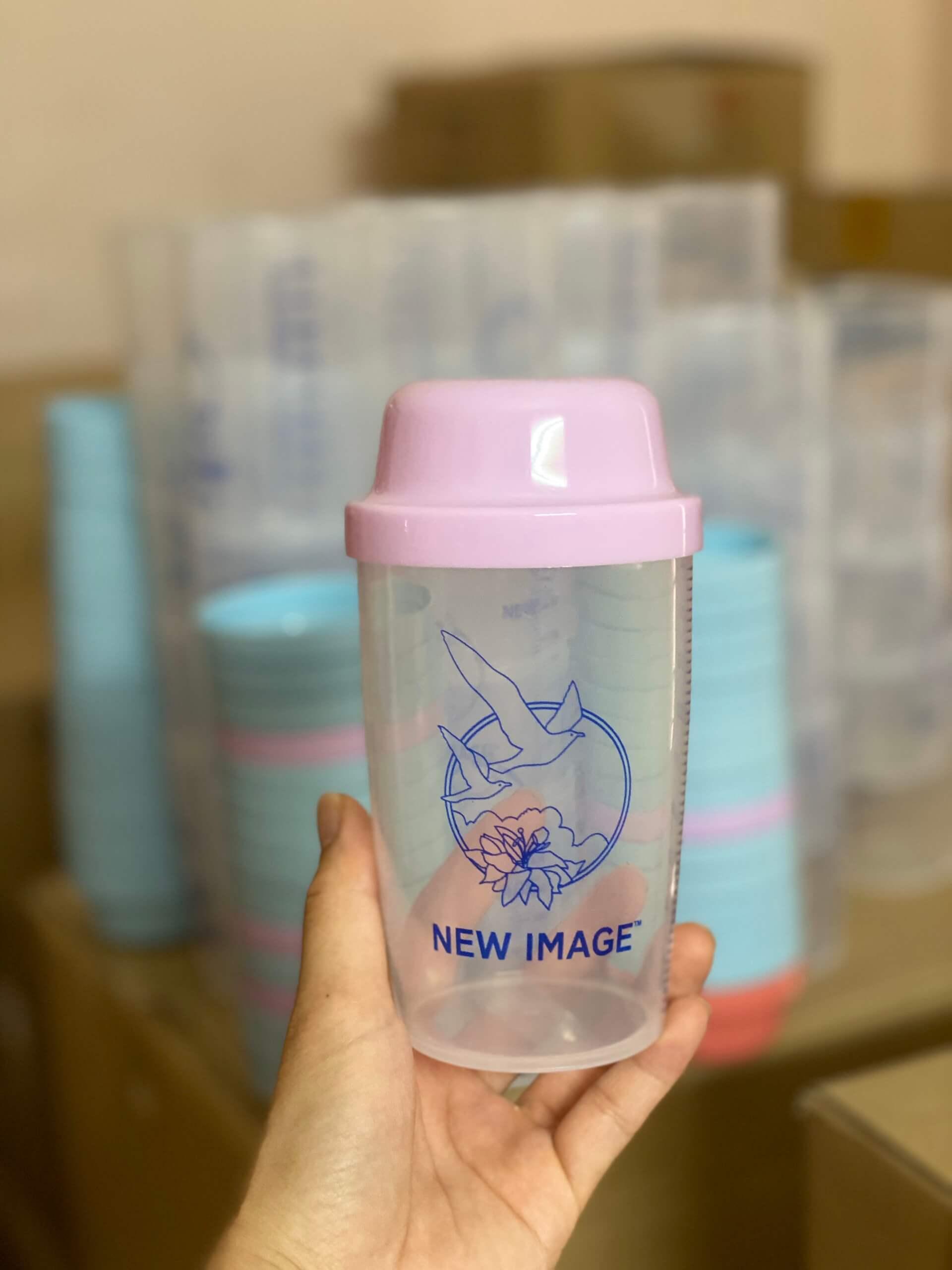 Bình lắc sữa non Alpha Lipid